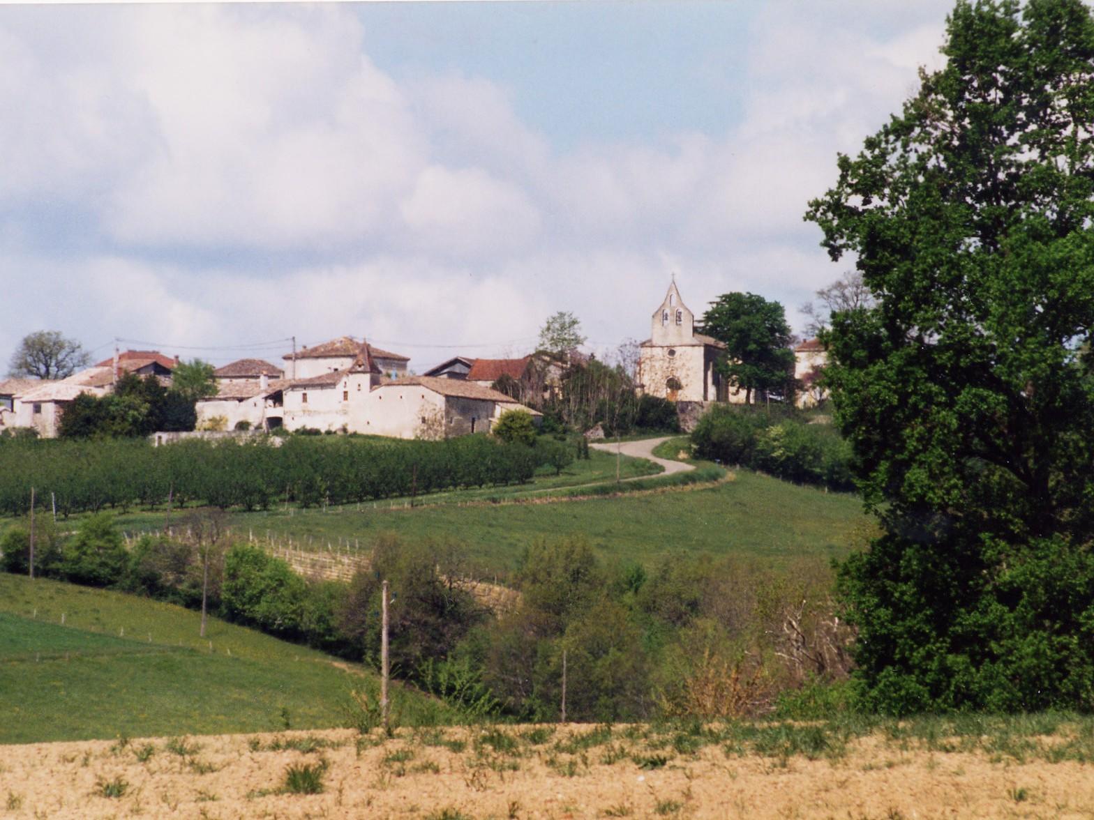 St Nazaire-de-Valentane village